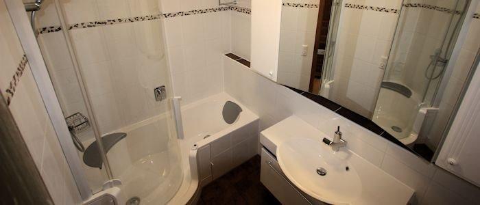shg fliesen und b der badsanierung staubfrei renovieren. Black Bedroom Furniture Sets. Home Design Ideas